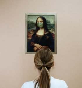 Mona Lisa wearing a mask